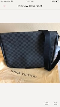 Louie Vuitton Damier graphite messenger Los Angeles, 90036