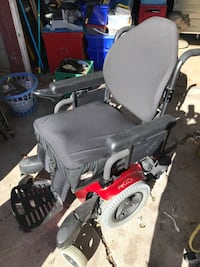 Electric wheelchair  Keswick, L4P 2Z3