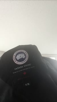 Canada goose xl trench coat style