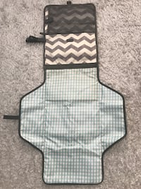 Skip Hop travel change pad for baby Vaughan, L4H 1T8