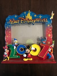 2001 and 2007 Disney collectables photo frame Coquitlam, V3K 3X7