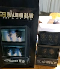 The walking dead season 3 Blu rays+tank display Orangeville, L9W