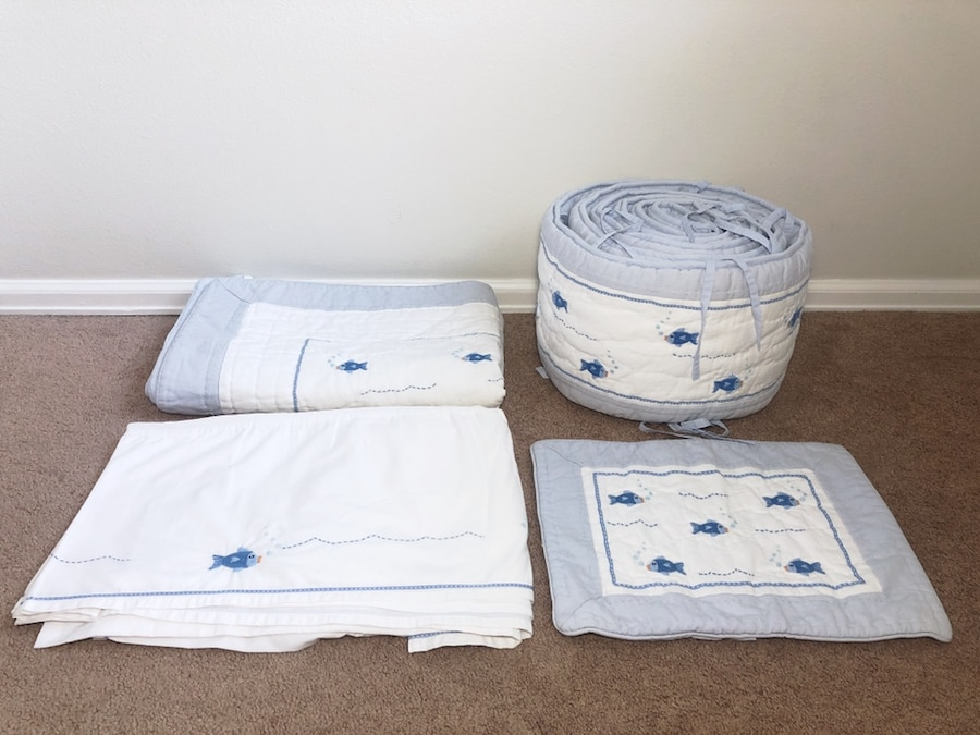 Photo Pottery Barn Kids Little Fishies Baby Crib Toddler Bed Set
