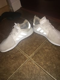 Adidas shoes very clean size 13  Hanover Park, 60133