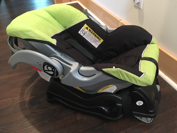 Used Baby S Green And Black Car Seat Carrier For In Atlanta