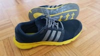 Adidas men shoe used US 10.5 Toronto, M6H 2W9