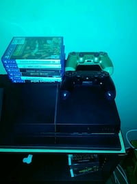 Ps4 with 2 controllers and games Colonial Heights, 23834