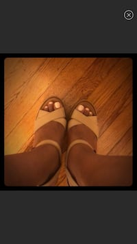 pair of brown leather open-toe heeled sandals Hartsdale, 10530