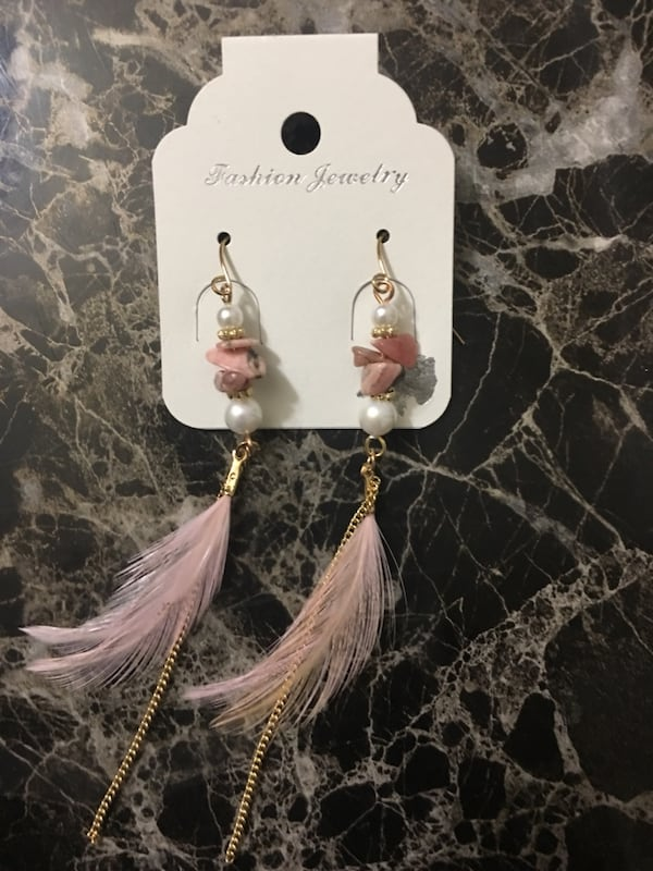 Pink n white earrings. 1