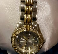 Guess silver/gold 2 tone Watch Markham, L6E 1A4
