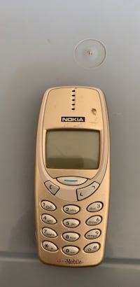 NOKIA  T MOBILE VINTAGE  CELLULAR PHONE WITH BATTERY AND CHARGER Schaumburg, 60173