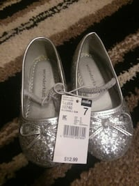 pair of gray leather flats Hobbs