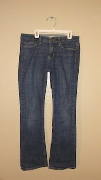Women's Size 2 Regular Limited Edition Jeans