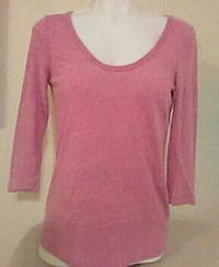 Old Navy top size small Modesto, 95356