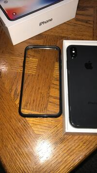 Space gray iphone x with box 536 km