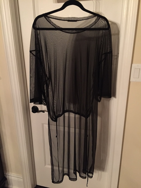 Mesh over sized shirt with long back