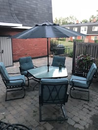 black and white patio set
