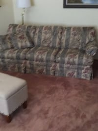 gray and white floral 3-seat sofa Agua Caliente, 95476