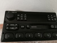 Black stereo receiver out of a 1998 f150 Norwood, 19074