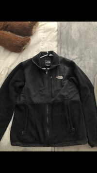 Black north face Allendale, 49401