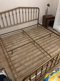 Brand new never used king size gold metal bed frame Suitland, 20746