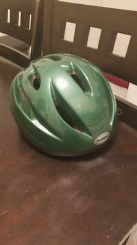 green and white bicycle helmet Groton, 06340