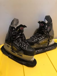 Easton Stealth 3 hockey skates size 8 Montréal, H4M