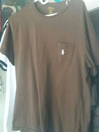 Polo t shirt never worn Toronto, M5H 1H1