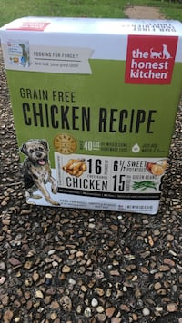 The Honest Kitchen dog food - New in Box Clinton, 39056