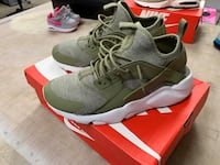 Nike Air Huarache Run Ultra 9.5 Danbury, 06810