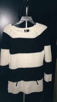 women's white and black stripe knitted sweater