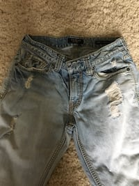 blue denim distressed short shorts Brantford, N3R 4Z7
