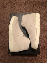 Men's size: 9.5 Brand new  Lincoln, 68516