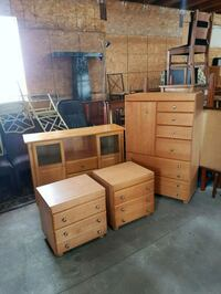 dresser chest of drawers and night tables  Brampton, L6X