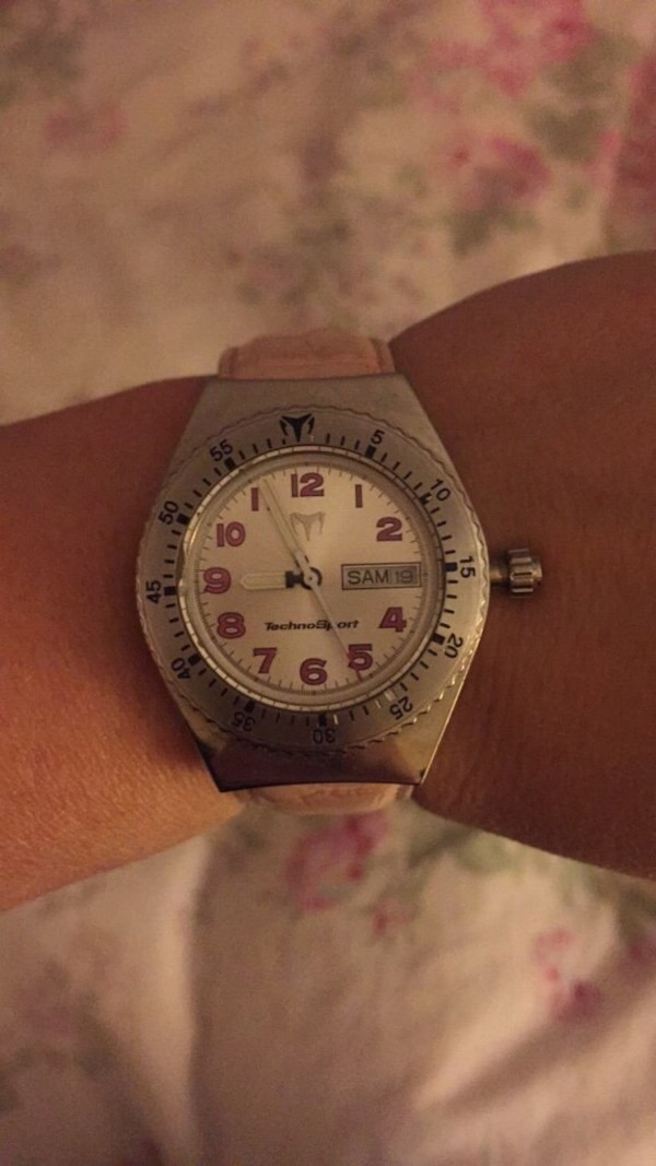 Women's pink techno marine watch