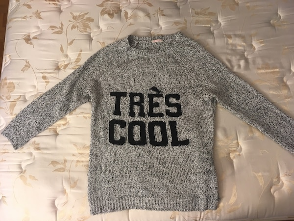 Oversized sweater pull large knitted