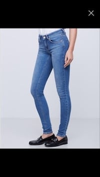 Lisa jeans Ginatricot 40