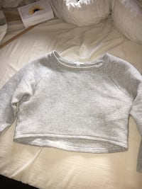 aritzia ribbed crop size s Coquitlam, V3C 4H6