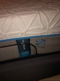 Tempur Pedic King Cloud Luxe Breeze mattress