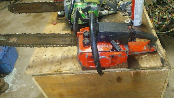 """Used SEARS CRAFTSMAN SELF SHARPENING 3.7/18"""" CHAIN SAW For"""