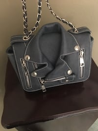 black leather 2-way handbag Youngstown, 44515