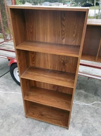 Have 8 of these book shelves 6 are this size and 2 Daytona Beach, 32114