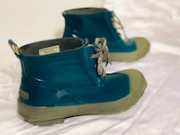 WIND RIVER 1/2 lace up rubber teal blue boots ladies 8 Kelowna, V1W