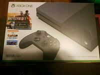 Xbox One console and controller box Marion, 52302