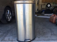 stainless steel garbage w/insert an foot petal to open Spring Hill, 34609