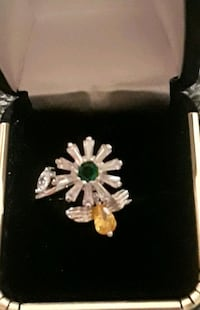 Sterling silver emerald and citrine spinning flower ring Palmdale, 93550