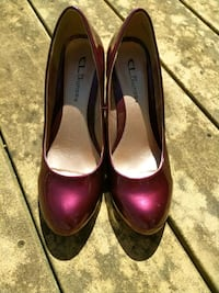 New Candy Apple Red Shoes by CL Laundry. 71/2 Medi Mount Airy, 21771