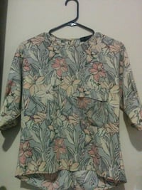 NEW ZARA FLORAL BLOUSE