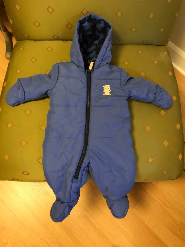 cf4eea786 Used Baby snowsuit size 3-6 months
