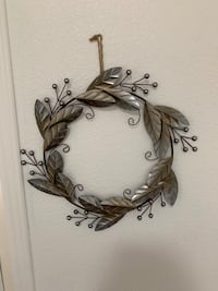 Metal Wreath Palmdale, 93550